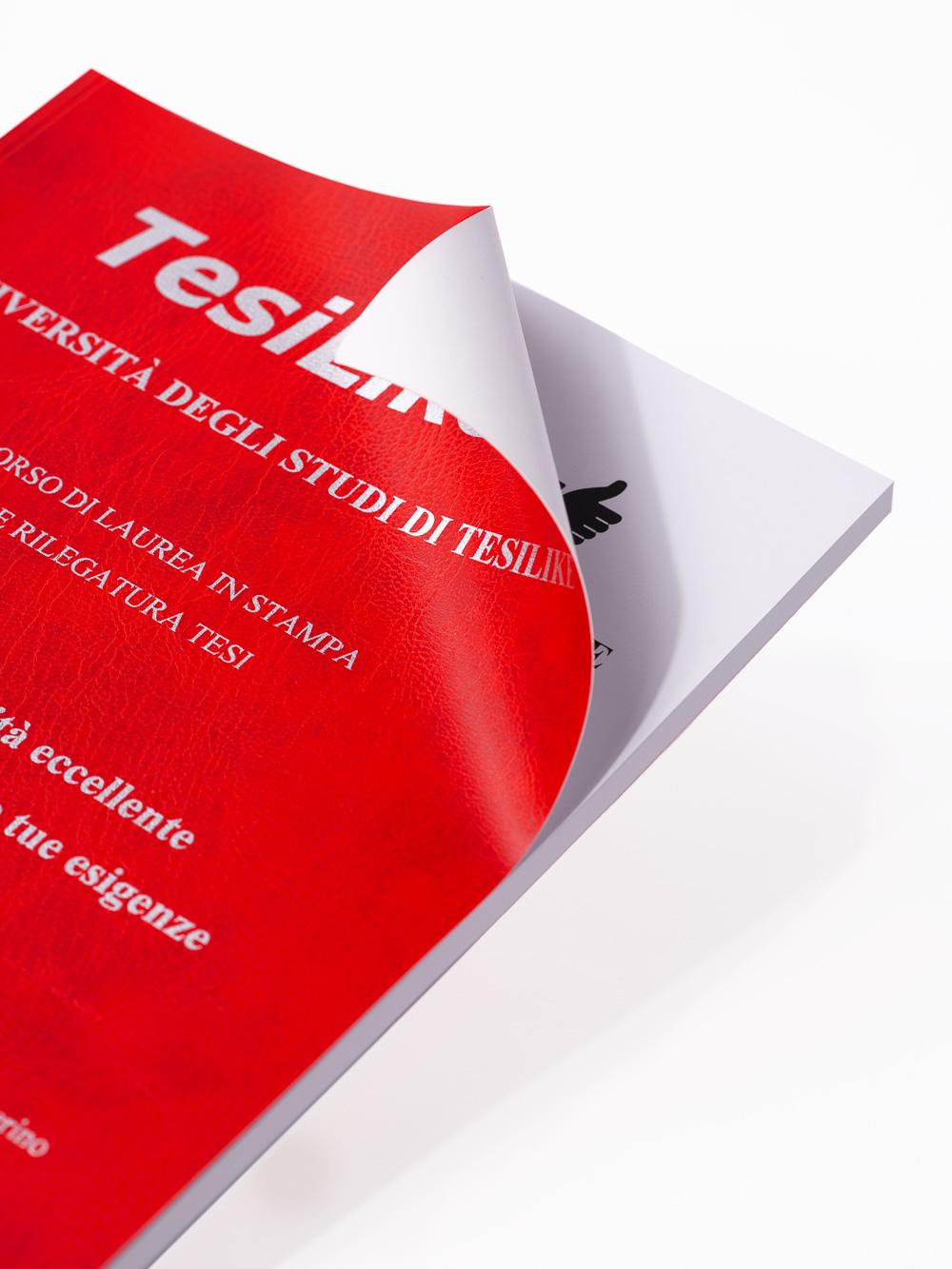 copertina-tesi-flessibile-rossa-frontespizio-argento-dettaglio3-tesilike