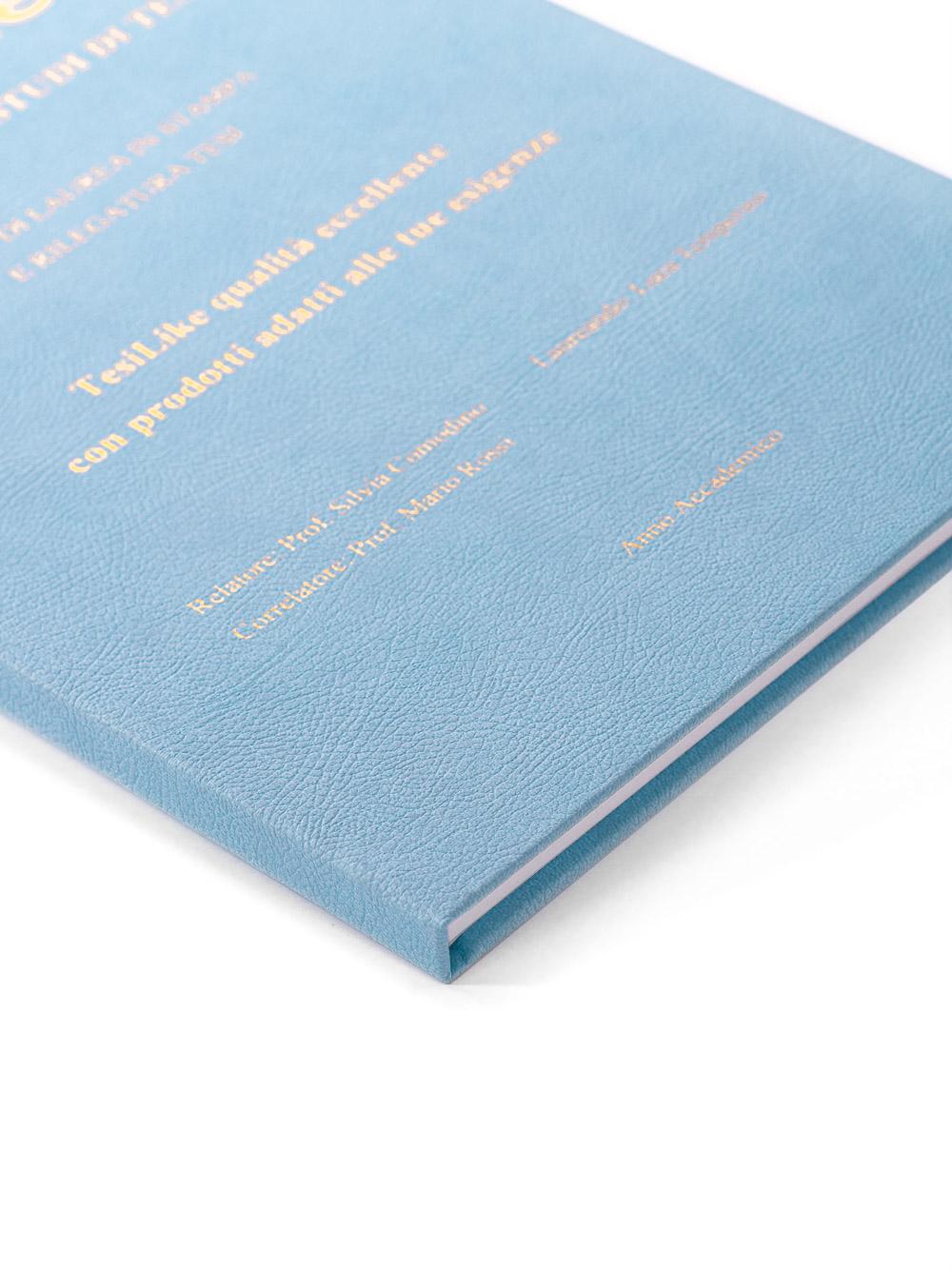 copertina-tesi-rigida-morbida-azzurro-frontespizio-bronzo-dettaglio-tesilike