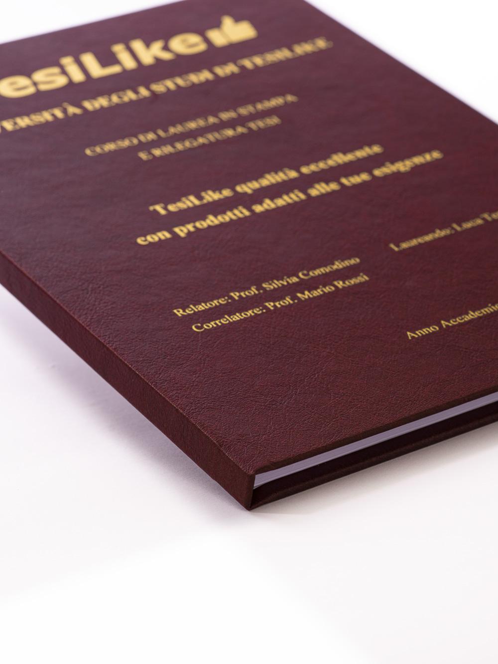 copertina-tesi-rigida-morbida-bordeaux-frontespizio-oro-dettaglio-tesilike
