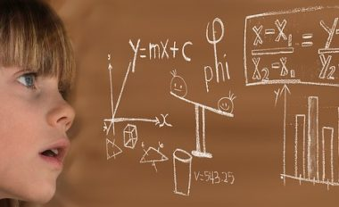 Come si fa a calcolare il voto di laurea
