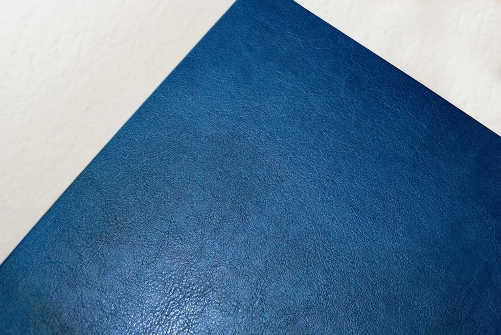 Copertina-tesi-morbida-particolare-blu-tesilike